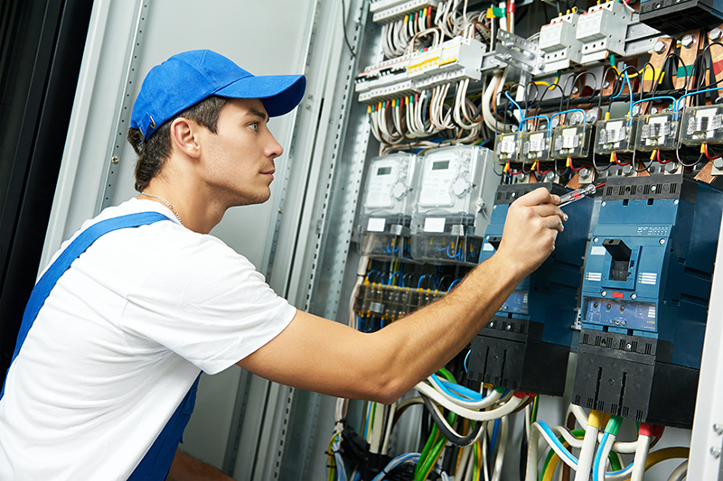 Domestic Electrician in UK United Kingdom